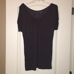 Cold shoulder top - size medium